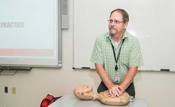Hands-only CPR Training on Campus