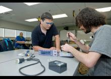 Students working in a biomedical technology class at Community College of Philadelphia.